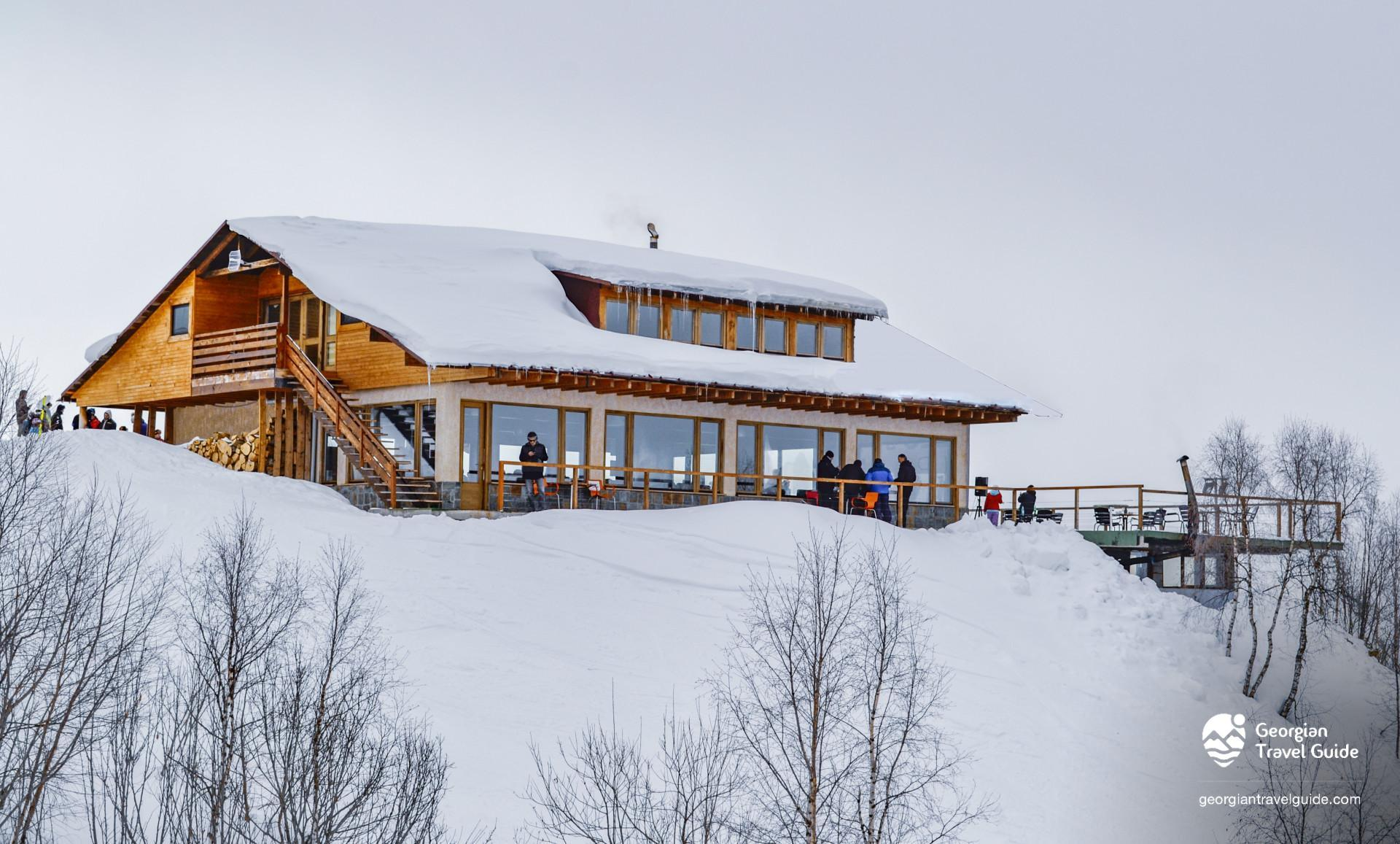 Cafe zuruldi hatsvali ski resort